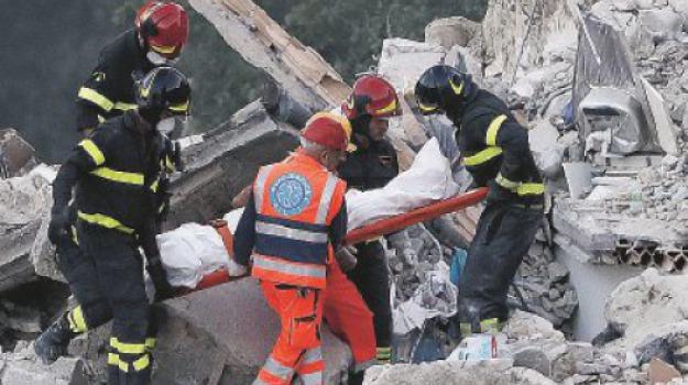 centro italia, terremoto, Catanzaro, Calabria, Archivio