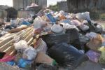 Emergenza spazzatura, ad Arghillà torna Avr: nel quartiere parte la bonifica