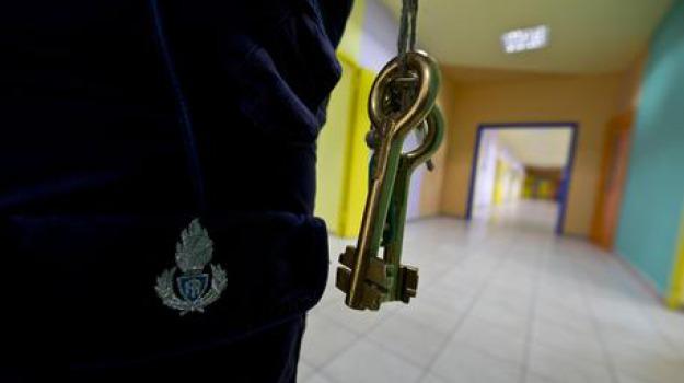 aggressione, carcere, catanzaro, polizia penitenziaria, Roberto Magro, Catanzaro, Calabria, Cronaca