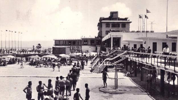 geri villaroel, Messina, Archivio