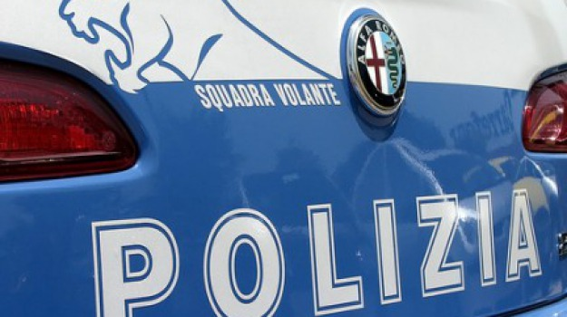 Arrestato marito manesco, polizia, ragusa, Romena picchiata, Sicilia, Archivio