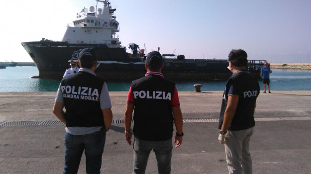 Arresto scafisti, pozzallo, sbarco clandestini, Sicilia, Archivio