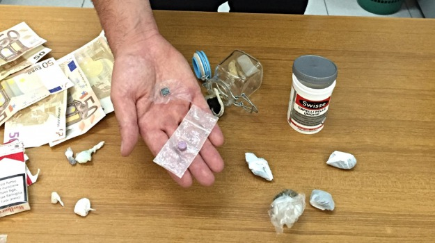 Arrestato 21enne, ecstasy, funghi allucinogeni, Lsd, modica, spaccio droga, Sicilia, Archivio