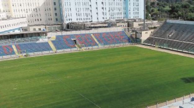 crotone, stadio, Catanzaro, Calabria, Archivio