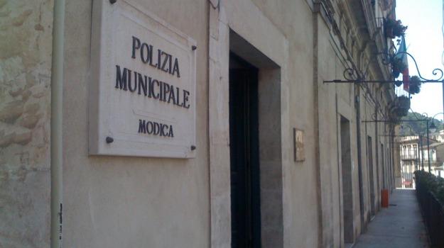 modica, polizia municipale, Tesserino madre morta, Sicilia, Archivio