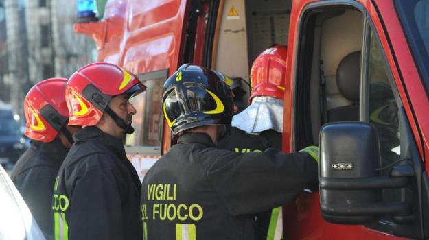 esplosione in un bar, Sicilia, Archivio, Cronaca
