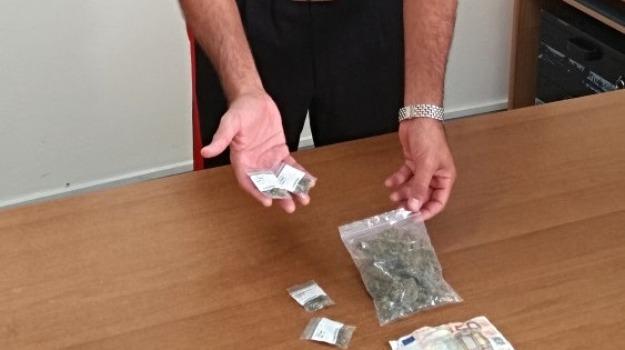 arresto carabinieri, droga, pozzallo, Sicilia, Archivio