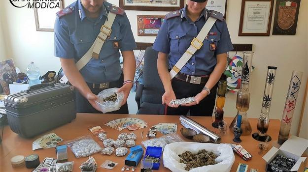 arrestata intera famiglia, mezzo chilo droga, pozzallo, spaccio droga, Sicilia, Archivio