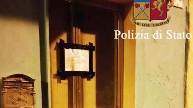 casa d'appuntamento, Immobile sequestrato, ragusa, Sicilia, Archivio