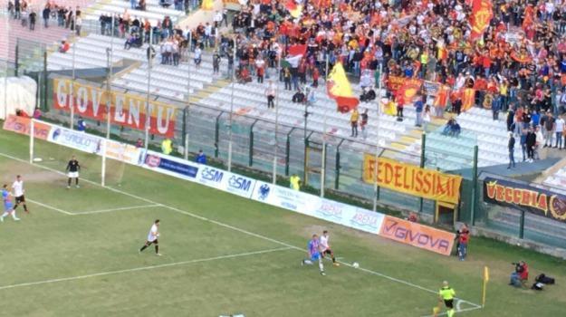 calcio, catania, coppa italia, lega pro, messina, Messina, Sport