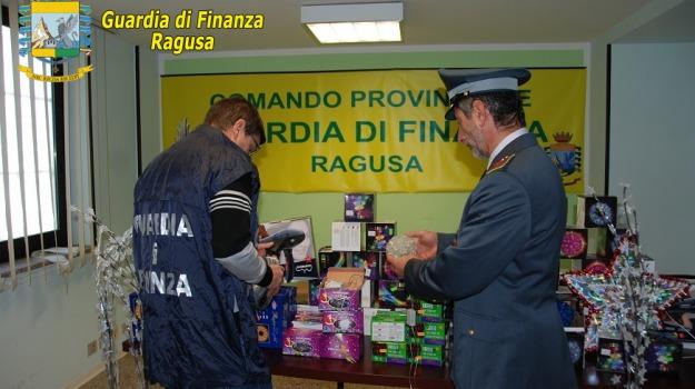 Denunciato commerciante, Frode in commercio, guardia di finanza, ragusa, Sicilia, Archivio