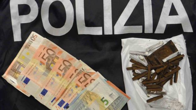 arrestato senegalese, spaccio droga, vittoria, Sicilia, Archivio