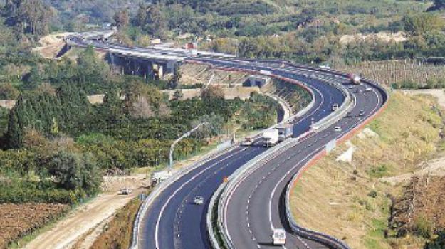 autostrada a2, interventi, strada statale 106, viabilità, Domenica Catalfamo, Calabria, Politica