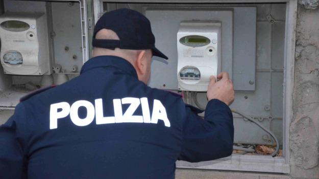 arresto polizia, furto energia elettrica, vittoria, Sicilia, Archivio