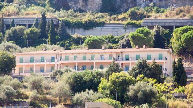 28 anziani, casa di riposo chiusa, taormina, Messina, Archivio