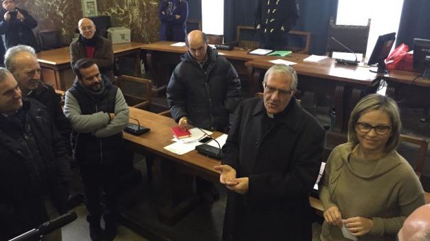 accolla, arcivescovo, Messina, Archivio
