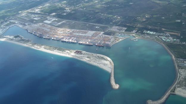 sciopero lavoratori porto gioia tauro, Reggio, Calabria, Economia