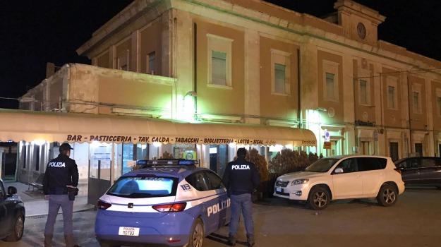 colpi di pistola, rapina bar stazione, vittoria, Sicilia, Archivio