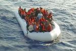 Sbarco di 31 migranti a Crotone, fermati i due presunti scafisti