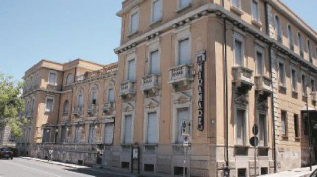 albergo miramare, Reggio, Calabria, Cronaca