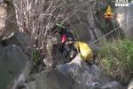 Cane disperso da 11 giorni in una gola profonda a Lipari, arrivano due speleologi da Catania