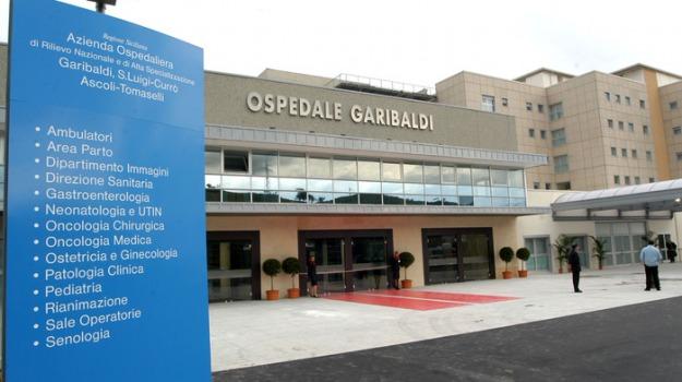 due medici a processo, operata gamba sbagliata, ospedale garibaldi catania, Sicilia, Archivio