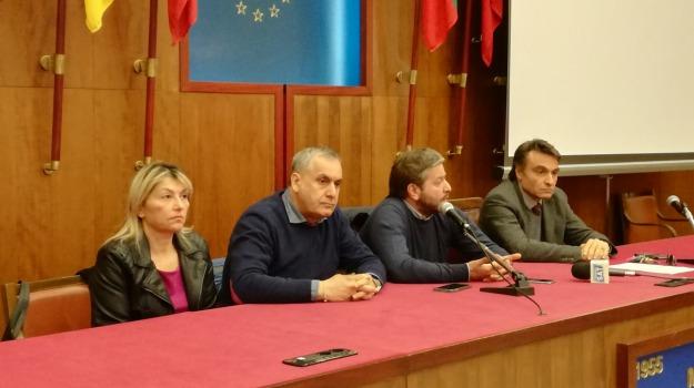 gianpiero d'alia, voto sfiducia, Messina, Archivio