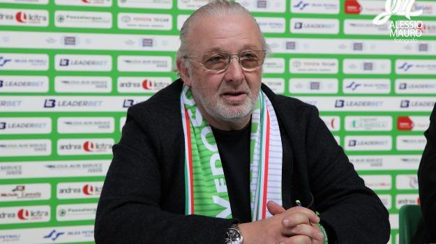 basket, Esonerato Gianni Lambruschi, ragusa, Sicilia, Sport