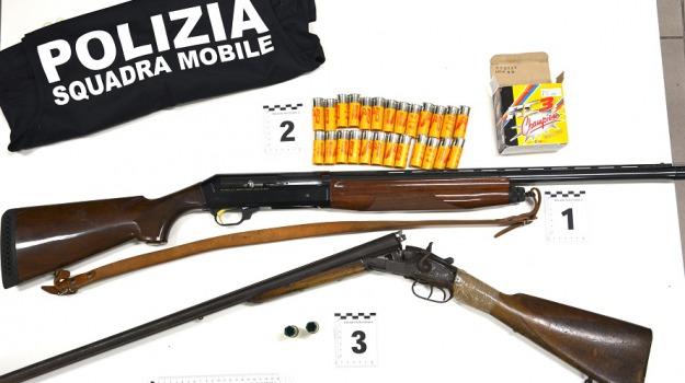 Arrestato 33enne, sequestrati fucili, vittoria, Sicilia, Archivio