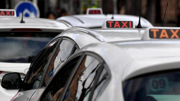 regione siciliana, taxi, Messina, Economia