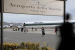 Aeroporto di Reggio, uno spiraglio per far crescere l'occupazione