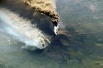 Etna: pioggia di cenere lavica per nube emessa da vulcano