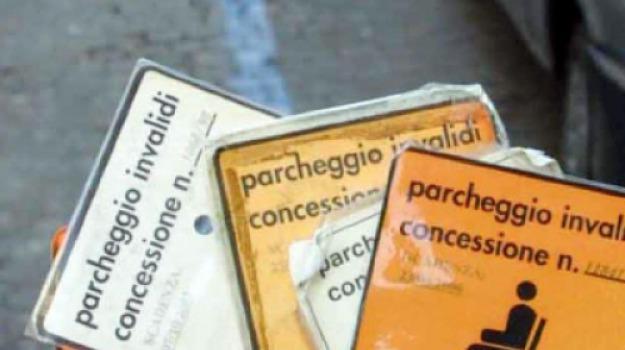 disabili, stalli a pagamento, Messina, Archivio