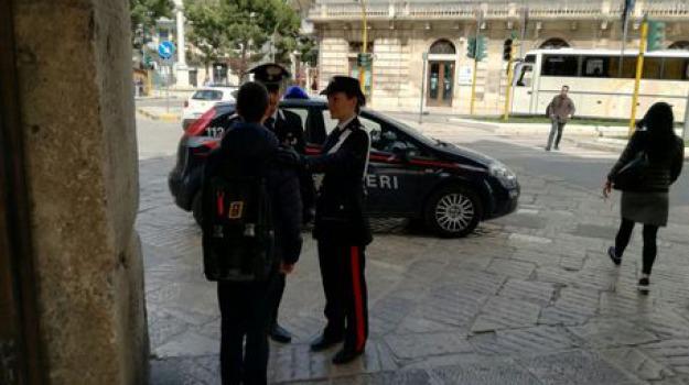 carabinieri, palermo, parcheggiatori abusivi, Sicilia, Archivio