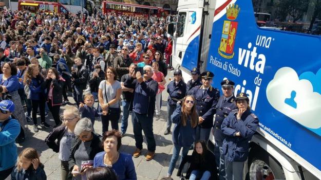 polizia stato, truck, Messina, Sicilia, Archivio