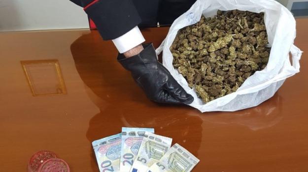 Arrestati tre ragazzi, carabinieri, pozzallo, spaccio droga, Sicilia, Archivio