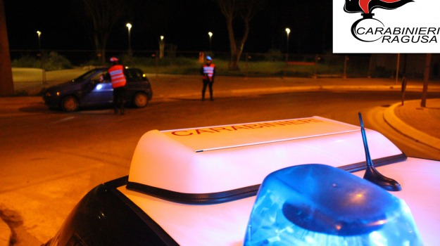 ciclomotore rubato, ragusa, resistenza a pubblico ufficiale, tunisino arrestato, Sicilia, Archivio