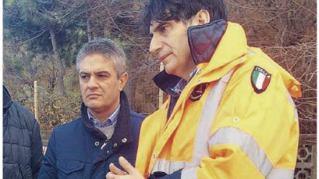 protezione civile calabria, Carlo Tansi, luigi de magistris, Calabria, Politica