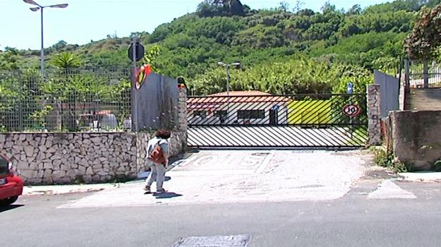 isole ecologiche, messina, rifiuti, Messina, Archivio
