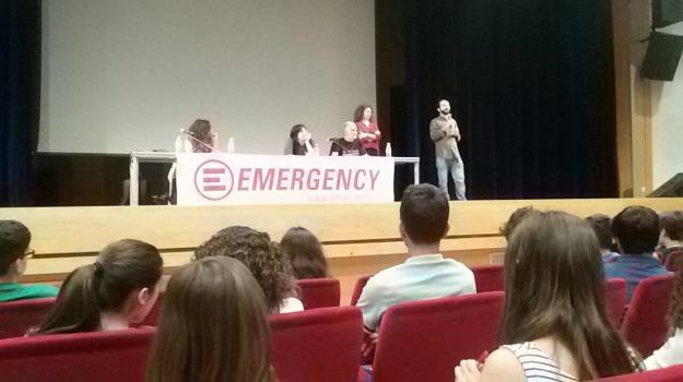 emergency, Messina, Archivio