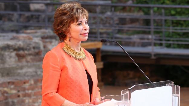 Antonella Ferrara, Isabel Allende, Premio Sicilia, taobuk, Teatro romano Catania, Sicilia, Cultura
