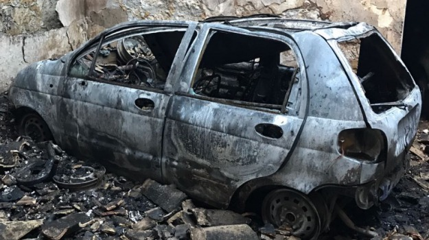 Auto distrutte, comiso, Incendio garage, Sicilia, Archivio