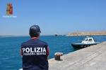Sbarco di migranti a Roccella Jonica, arrestati due scafisti