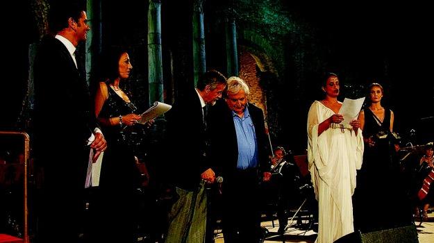 Abraham Yehoshua, cerimonia inaugurale Taobuk, Noa, taobuk, teatro antico taormina, Sicilia, Cultura