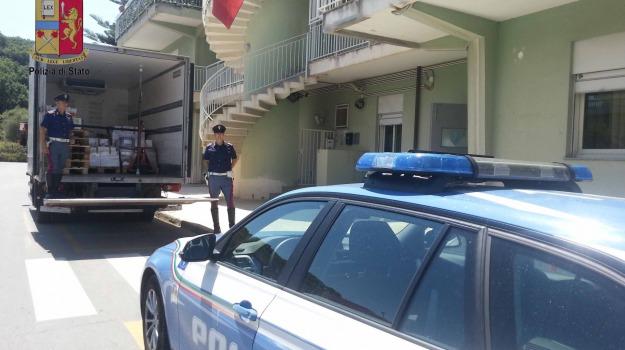 barcellona, cibo, polizia, surgelati, Messina, Sicilia, Archivio