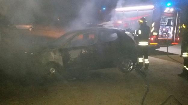 auto in fiamme, Catanzaro, Archivio