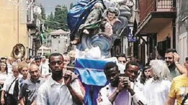 immigrati, mongiana, processione, Catanzaro, Calabria, Archivio