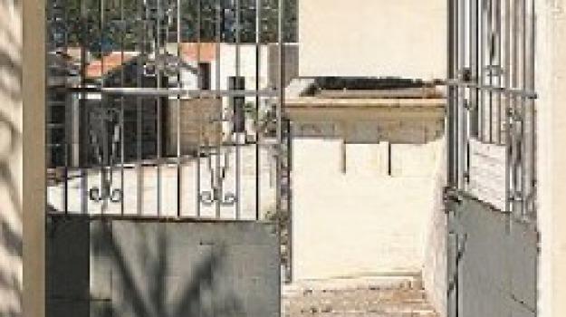 cimitero, parghelia, rapina, Catanzaro, Calabria, Archivio