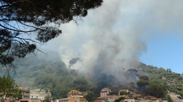 incendi, messina, Messina, Sicilia, Archivio