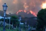 Incendi a Messina, situazione critica